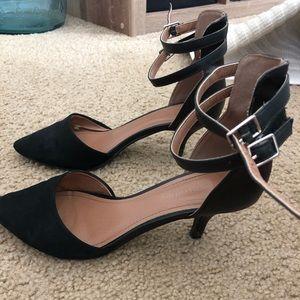 City Classified black heel (8&1/2)